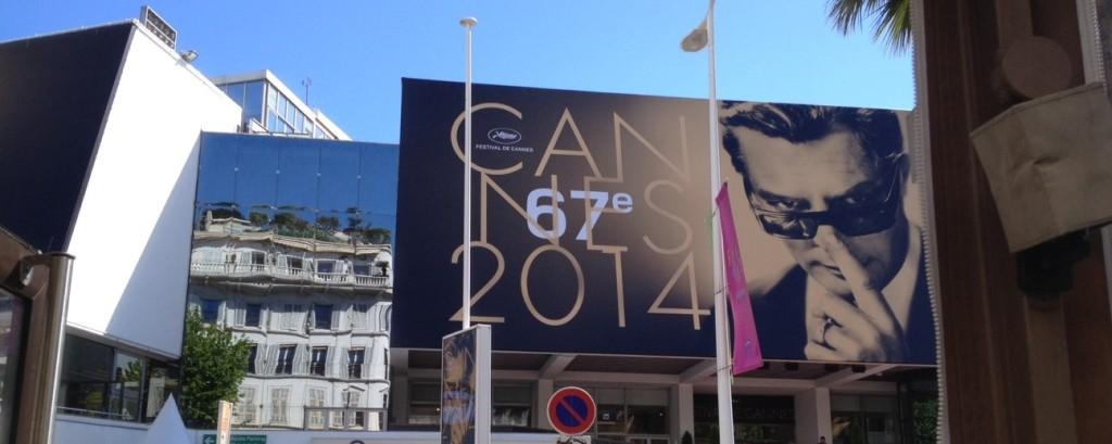 cannes_desk